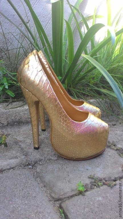 Обувь ручной работы. Ярмарка Мастеров - ручная работа. Купить туфли  Gold.. Handmade. Золотой, туфли из кожи, натуральная кожа