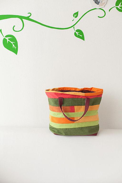 Женские сумки ручной работы. Ярмарка Мастеров - ручная работа. Купить Летняя лоскутная сумка в стиле пэчворк. Handmade. Сумка