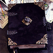 Фен-шуй и эзотерика ручной работы. Ярмарка Мастеров - ручная работа Черный гримуар с Шерлом. Размер А5. Книга теней блокнот. Handmade.