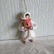 Подарки к праздникам ручной работы. Ярмарка Мастеров - ручная работа Девочка с мишкой .Ватные елочные игрушки. Handmade.