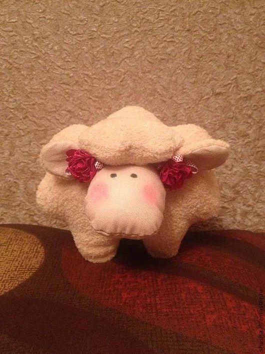 Куклы Тильды ручной работы. Ярмарка Мастеров - ручная работа. Купить Овечка Бяша. Handmade. Бежевый, овечка, игрушка, игольница