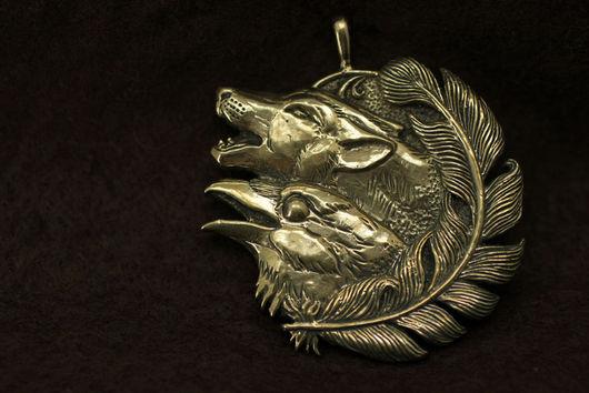 Волк, воющий волк кулон купить украшение волки бронза подвеска с волком ворон волк и ворон кулон авторские украшения подарок для мужчин