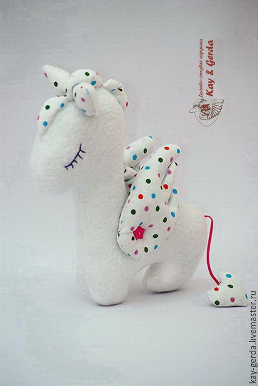 Игрушки животные, ручной работы. Ярмарка Мастеров - ручная работа. Купить Лошадка Соня. Handmade. Белый, флис