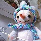 Куклы и игрушки ручной работы. Ярмарка Мастеров - ручная работа Плюшевый снеговичок. Handmade.
