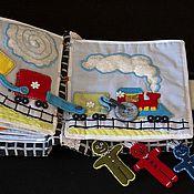 """Куклы и игрушки ручной работы. Ярмарка Мастеров - ручная работа Книга шитая развивающая """"Приключения друзей"""". Handmade."""