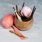 Материалы для творчества handmade. Livemaster - original item Crochet hooks (set of 16pcs 2,5-10mm    vase) hook wood #KN1. Handmade.