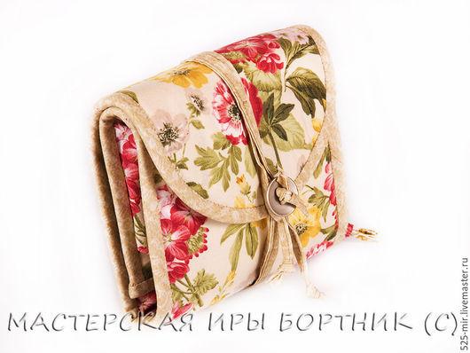 Органайзеры для сумок ручной работы. Ярмарка Мастеров - ручная работа. Купить Дамский кошелёк, косметичка, аптечка Красные и Жёлтые Розы. Handmade.