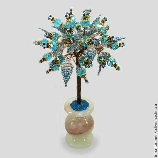 Дерево желаний из топаза в вазочке из оникса