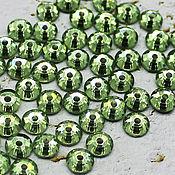 Материалы для творчества handmade. Livemaster - original item Crystals: Rhinestones-sequins Peridot 5h5 mm sewn 10 PCs. Handmade.