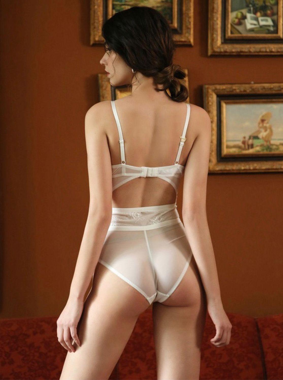 Женское нижнее белье и колготки на мужчинах антицеллюлитный массажер озон