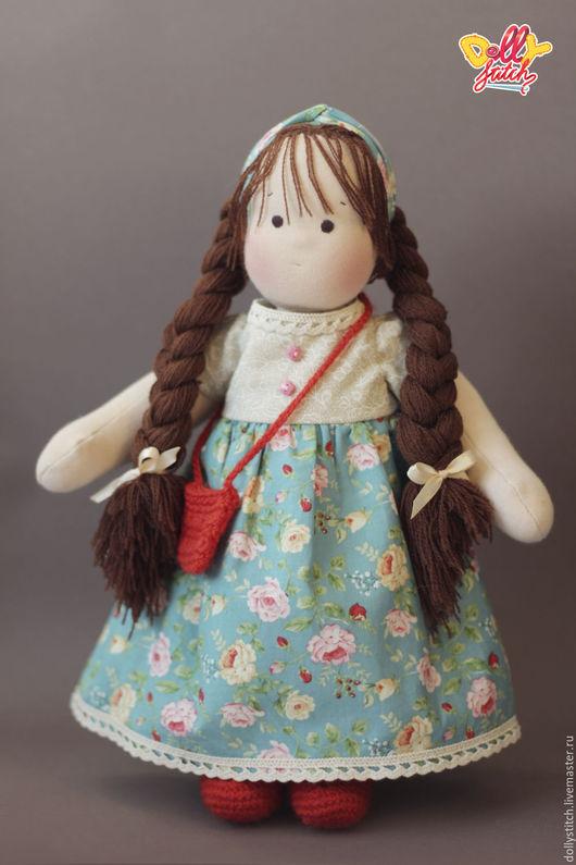 Вальдорфская игрушка ручной работы. Ярмарка Мастеров - ручная работа. Купить Вальдорфская кукла Валюша. Handmade. Комбинированный, подарок на новый год