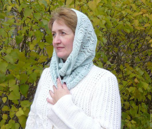 """Капюшоны ручной работы. Ярмарка Мастеров - ручная работа. Купить Снуд, шарф хомут вязаный """"Листья"""". Handmade. Голубой"""