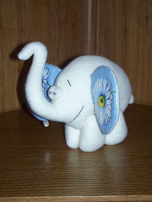 Игрушки животные, ручной работы. Ярмарка Мастеров - ручная работа. Купить Влюбленный слон. Handmade. Слон, текстильная игрушка, белый