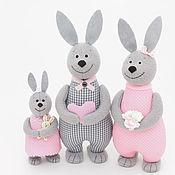 Мягкие игрушки ручной работы. Ярмарка Мастеров - ручная работа Игрушки Семья зайцев  - подарок для семьи с ребенком. Handmade.