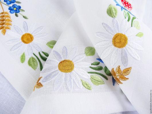 Салфетка для завтрака с вышивкой `Цветущие поля` `Шпулькин дом` мастерская вышивки