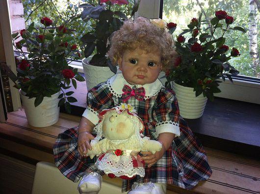 BIBI с куклой