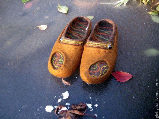"""Обувь ручной работы. Ярмарка Мастеров - ручная работа. Купить тапочки """"Поздняя осень"""". Handmade. Флешмоб, подарок на новый год"""