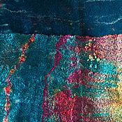 Аксессуары ручной работы. Ярмарка Мастеров - ручная работа Шарф нуновойлочный Глубокое синее море. Handmade.