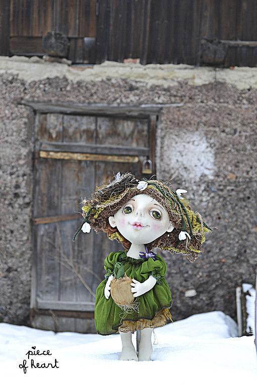 Коллекционные куклы ручной работы. Ярмарка Мастеров - ручная работа. Купить маленькая Весна.... Handmade. Зеленый, грунтованный текстиль, шерсть