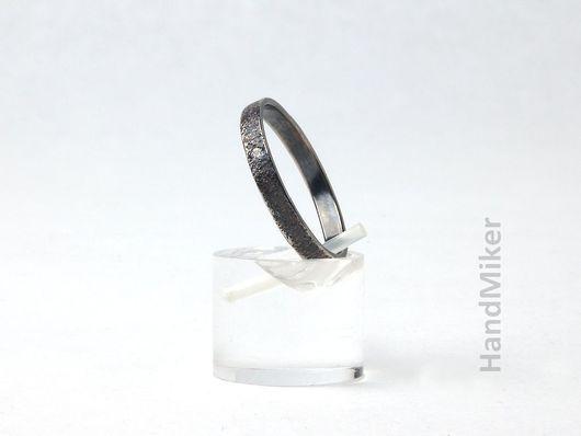 """Кольца ручной работы. Ярмарка Мастеров - ручная работа. Купить Серебряное кольцо с фианитом """"Искра"""". Handmade. Серый, песок, серебро"""