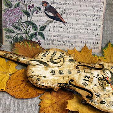 """Для дома и интерьера ручной работы. Ярмарка Мастеров - ручная работа Часы скрипка """"Осенний вальс"""" декупаж. Handmade."""