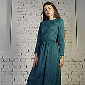 Одежда handmade. Livemaster - original item Fitted dress with Tulip skirt of this green dress. Handmade.