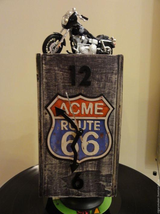 """Часы для дома ручной работы. Ярмарка Мастеров - ручная работа. Купить """"ACME ROUTE 66"""" и байк из Сынов Анархии. Handmade."""