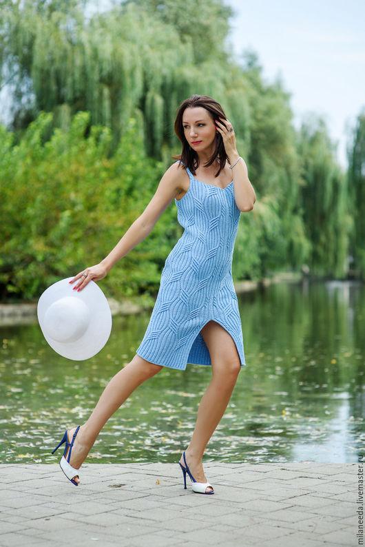 Платья ручной работы. Ярмарка Мастеров - ручная работа. Купить Видео-урок как связать облегающее летнее платье. Handmade. Голубой