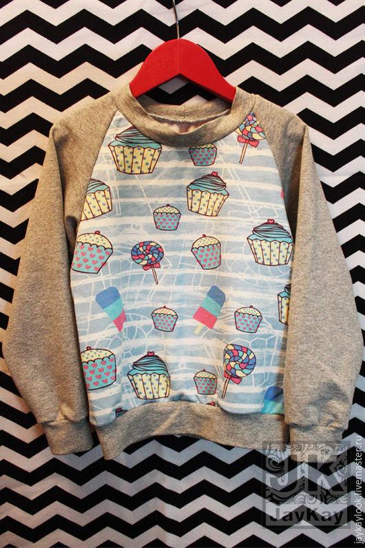 """Одежда унисекс ручной работы. Ярмарка Мастеров - ручная работа. Купить Детский свитшот """"Пирожные"""". Handmade. Комбинированный, свитшот купить"""