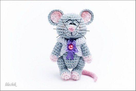 Игрушки животные, ручной работы. Ярмарка Мастеров - ручная работа. Купить Мышонок. Handmade. Крысик, бусины, вязаная крыса, серый