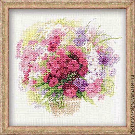"""Картины цветов ручной работы. Ярмарка Мастеров - ручная работа. Купить """"Акварельные флоксы"""" ручная вышивка. Handmade. Розовый, подарок"""