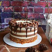 Подарки ручной работы. Ярмарка Мастеров - ручная работа Шоколадный торт с шоколадными потёками. Handmade.