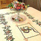 Для дома и интерьера ручной работы. Ярмарка Мастеров - ручная работа Скатерть с вышивкой. Handmade.