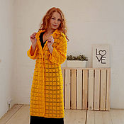 Пальто желтое с шишечками. -30% от цены
