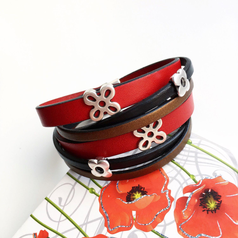 Браслет-намотка из кожи Цветы на красном, Браслеты, Видное, Фото №1