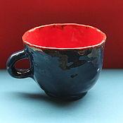 Посуда ручной работы. Ярмарка Мастеров - ручная работа Чашка Красное на Синем. Handmade.