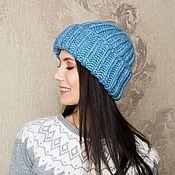 Объемная женская шапка голубого цвета