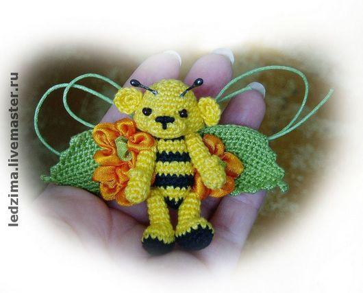 """Броши ручной работы. Ярмарка Мастеров - ручная работа. Купить Брошь """"Пчелка"""". Handmade."""
