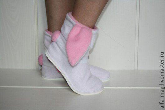 """Обувь ручной работы. Ярмарка Мастеров - ручная работа. Купить Тапочки - зайчики """"Снежок"""". Handmade. Белый, домашние тапочки, флис"""