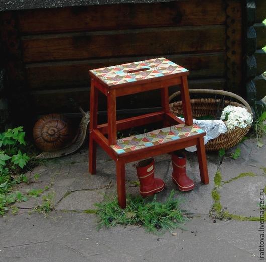 """Мебель ручной работы. Ярмарка Мастеров - ручная работа. Купить Табурет-стремянка """"Лоскутки"""". Handmade. Разноцветный, скамейка, табуреты"""