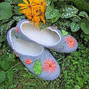 Обувь ручной работы. Ярмарка Мастеров - ручная работа Войлочные тапки  с хризантемами. Handmade.
