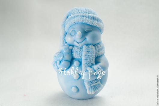 Материалы для косметики ручной работы. Ярмарка Мастеров - ручная работа. Купить Силиконовая форма для мыла Снеговик со снегирём. Handmade.