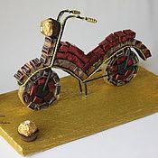 Цветы и флористика ручной работы. Ярмарка Мастеров - ручная работа Мотоцикл из конфет. Подарок сыну, брату, мужу, мужчине. Handmade.