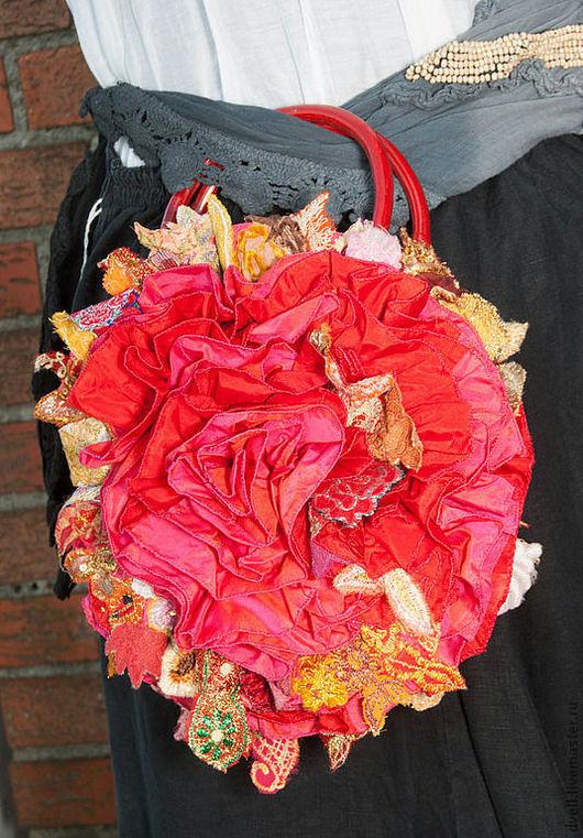 Женские сумки ручной работы. Ярмарка Мастеров - ручная работа. Купить Красное. бохо шик  в летний отпуск Сумка. Handmade.