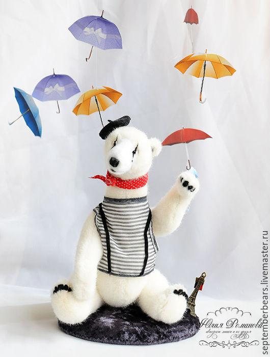 """Мишки Тедди ручной работы. Ярмарка Мастеров - ручная работа. Купить """"Пантомима на мостовой"""". Коллекционный белый медведь. Handmade. Белый"""