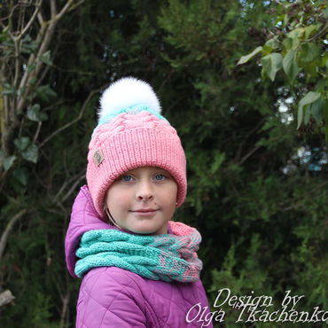 Аксессуары handmade. Livemaster - original item Knitted Snood in one turn with a gradient of turquoise and pink. Handmade.