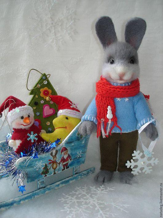 Игрушки животные, ручной работы. Ярмарка Мастеров - ручная работа. Купить Новогодний зайка. Валяная игрушка. Handmade. Зайка, Валяние