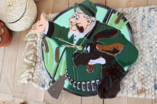 """Часы для дома ручной работы. Ярмарка Мастеров - ручная работа. Купить Часы """"Охотник"""" фьюзинг. Handmade. Подарок мужчине"""