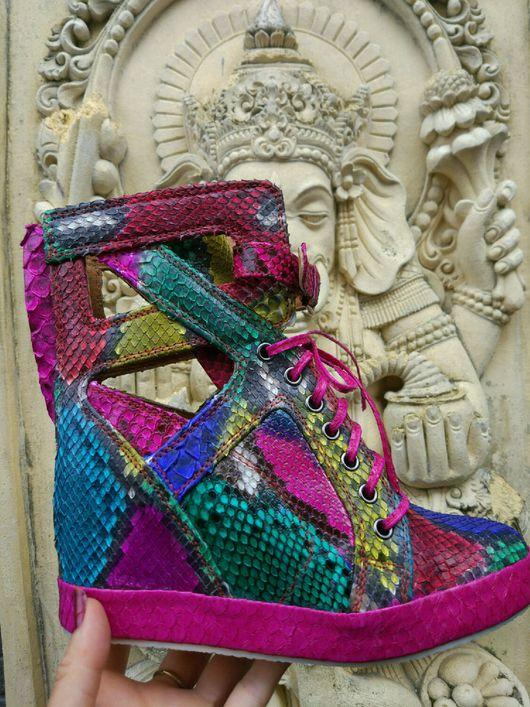 Обувь ручной работы. Ярмарка Мастеров - ручная работа. Купить Ботильоны из питона. Handmade. Ботильоны, ботинки женские, обувь из питона