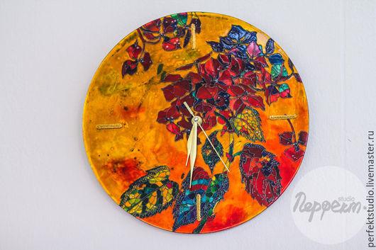 """Часы для дома ручной работы. Ярмарка Мастеров - ручная работа. Купить Часы настенные """"Ветка гортензии"""". Handmade. Золотой, дизайн"""